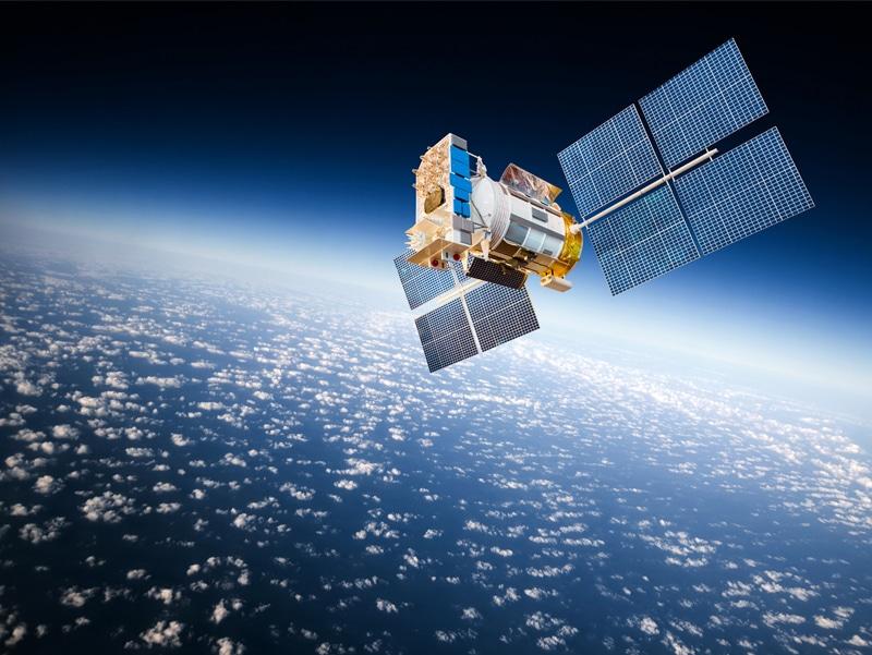 Internet par satellite latence