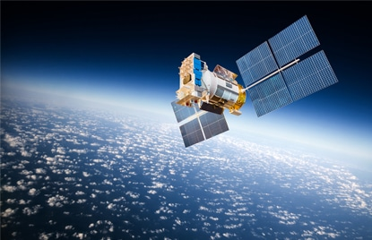 Internet par satellite latence